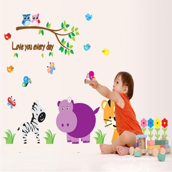 Autocolant decorativ perete - Love you every day (animale, jungla)