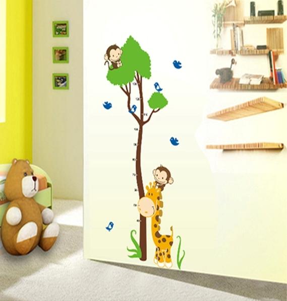 Autocolant masurator inaltime - copac cu girafa si maimute - grafic de crestere 3