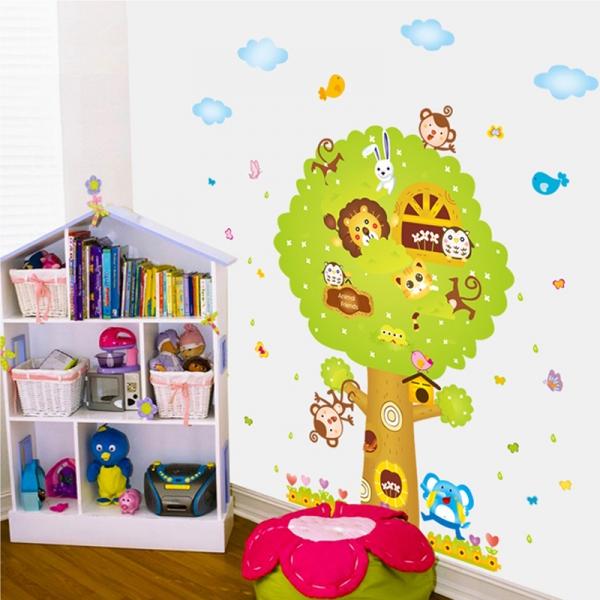 Sticker camere copii - Copacul Urias 3